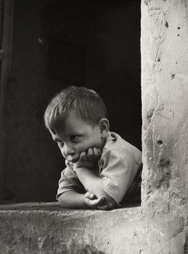 Fosco Maraini (1912-2004) Ritratto di bambino anni 40 #TuscanyAgriturismoGiratola