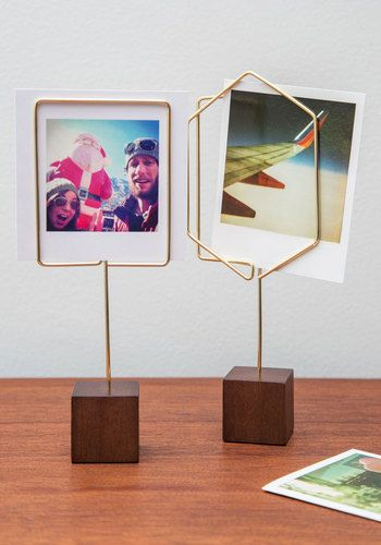 Simple Showcase Photo Holder