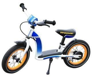 Wheeler Runner  — 6990р. --------------------------------------- На протяжении нескольких лет немецкая марка Wheeler выступает за инновационные продукты для детей и подростков. Качество, функциональность и безопасность  - основные принципы фирмы Wheeler. Все велосипеды тщательно разрабатываются и педантично собираются, благодаря этому они так долговечны. Беговел Wheeler Runner – первый учитель балансу на велосипеде для вашего ребенка. На заднем колесе для доброжелательного отношения к…