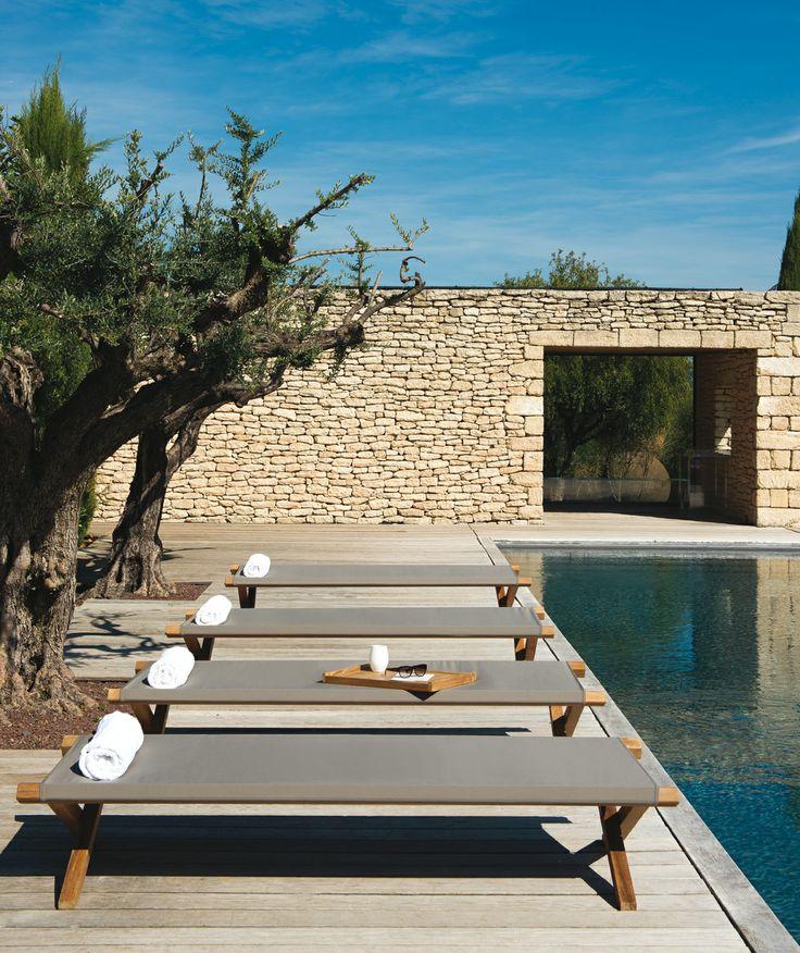 Villa hohe lage Glas Fensterwand Ausblick Atlantischer Ozean Terrasse Pergola Lounge