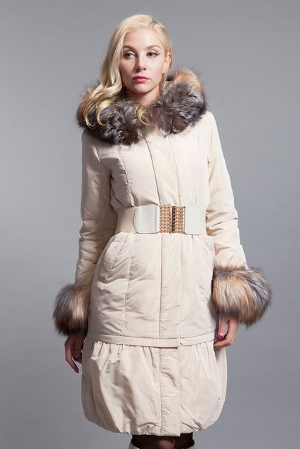 basic-editions 2014-2015 winter slim fit short down jacket with raccoon fur - dy10128 US $360.00 /piece click the link to buy http://goo.gl/YJxPC6