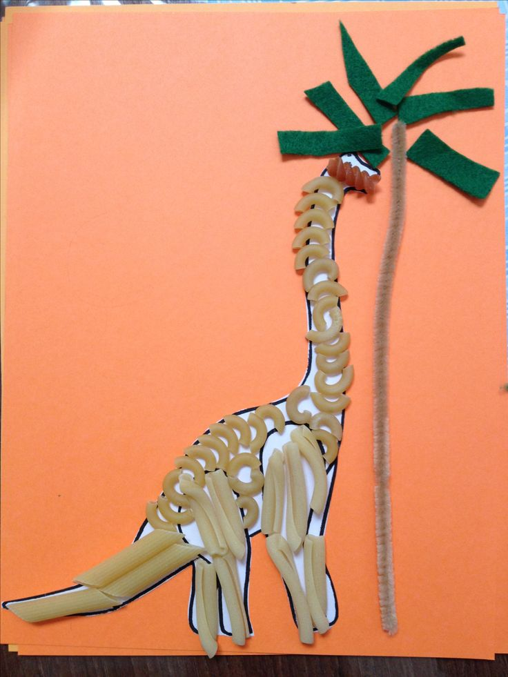 This turned out cute and the kids loved it! Preschool craft Pasta dinosaur