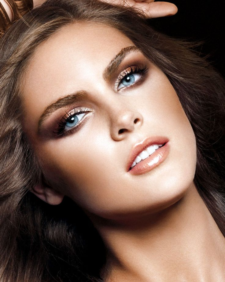 Hilary Rhoda~70's inspired makeup