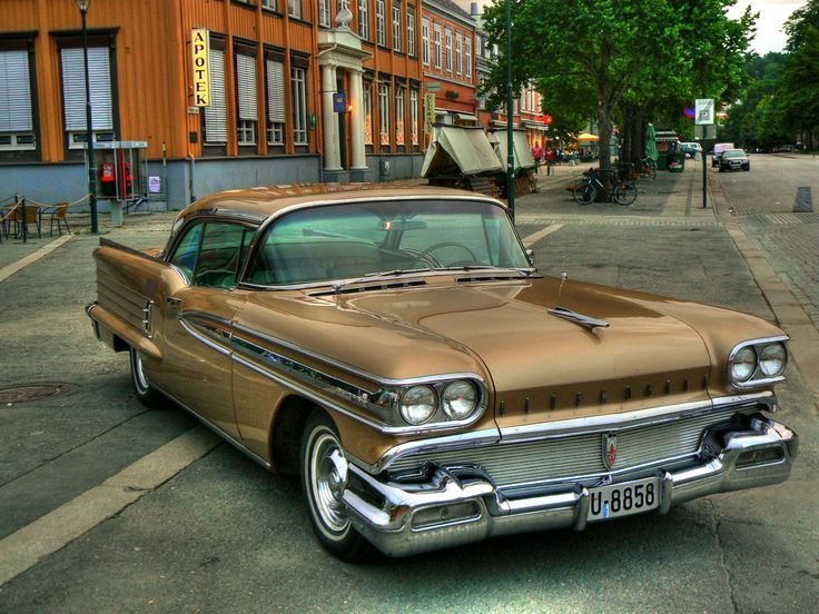 1958 Oldsmobile Eighty Eight - I had a 1972 Delta Eighty Eight.  I loved that old boat!