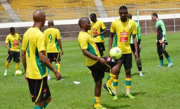 Ethiopia 2 - 1 SA | South African national football team players take part in a training session on June 12, 2013 at the Amadou Ahidjo stadium in Yaounde before their 2014 Fifa world Cup qualification match against Ethiopia. | Photo: STR, Getty Images/ www.sportballa.com
