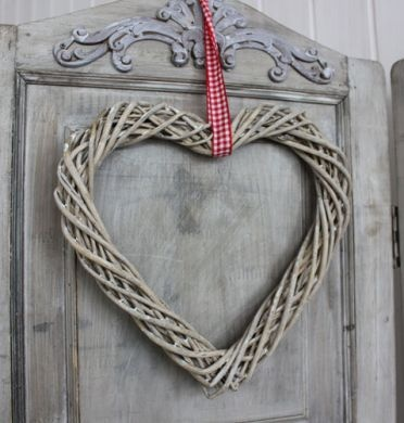 GREY WILLOW HEART WITH RIBBON - biggie best