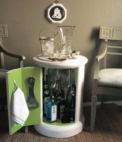 Creative DIY Wine Bars For Your Home And Garden   U003e DIY Modern Minibar From  Column Side Table