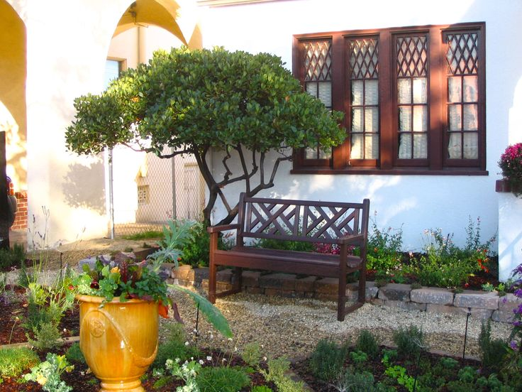 "Front Yard Edible Garden Ideas tuscan style frontyard ideas   neat"" edible front yard: knot"