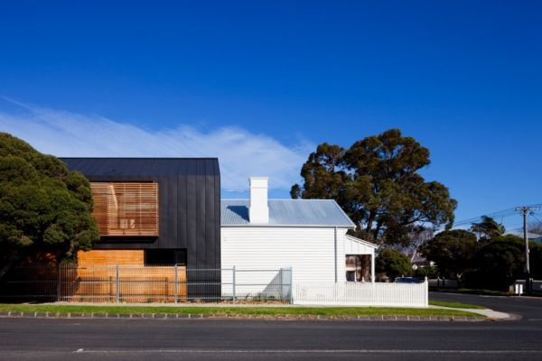 Combining Old with New by Simon Couchman Architects