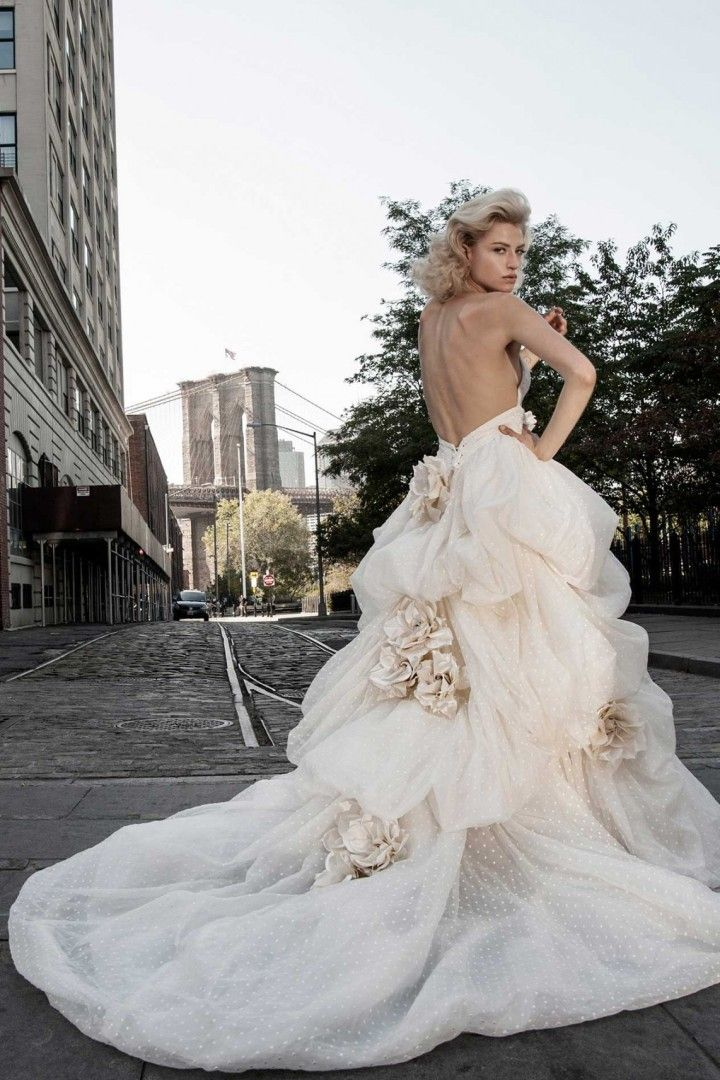 19 best Pnina Tornai Gowns images on Pinterest | Hochzeitskleider ...