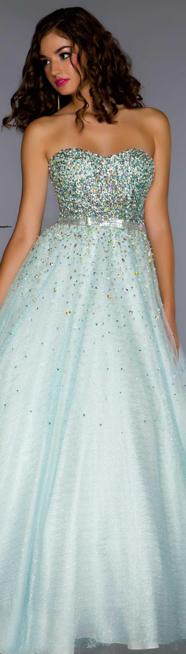 Mac Duggal couture prom dress STYLE 61184H 2013