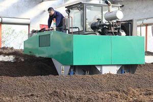 hydraulic compost turner machine