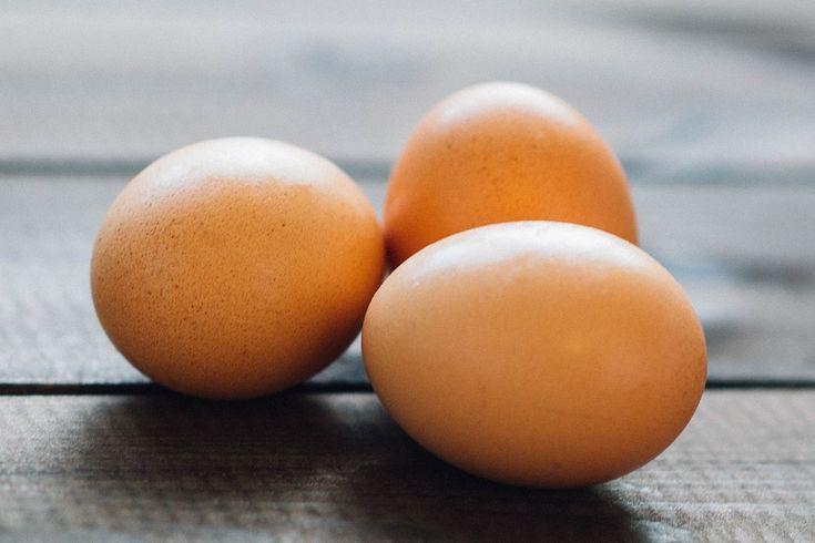 Comment remplacer les #œufs dans les recettes ?   Astuce végétarien, végétalien, vegan, flexitarien, allergiques ou pour ceux qui souhaitent réguler leur cholestérol !   How to replace eggs in recipes? tip and tricks !   @lundiveggie