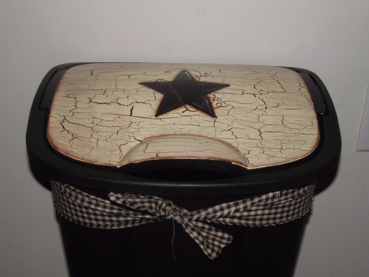 I wonder if I could paint my trash can to look like this - Primitive Style Country Farmhouse Decor