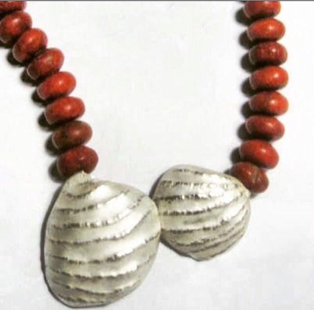 Collar mar, corales plata cincelada!!! #mar #joyeria #diseñocolombiano