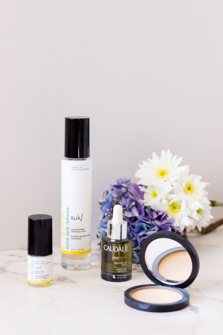 Natural Beauty | How Going Natural Transformed My Skin | A La Gray   Suki active daily radiance concentrated clarifying toner; caudalie overnight detox oil; Suki balancing facial oil, glo skin beauty pressed powder mineral foundation; caudalie beauty elixir