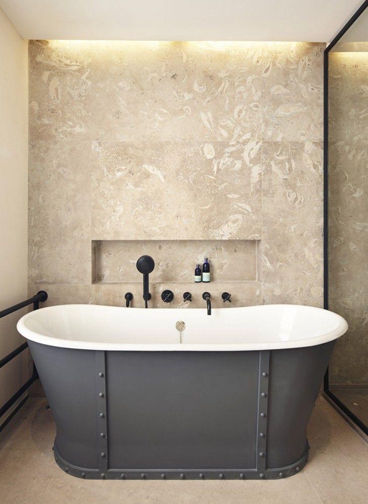 De Rosee Sa — это в первую очередь архитектурная студия, хотя услуги по дизайну интерьера они также предоставляют. Очень нравитсякреативный подход, который компания исповедует при работе над проектами — прекрасная викторианская архитектура западного Лондона благодаря им получает новую жизнь в соответствии с самыми современнымитребованиями и тенденциями. Сегодня у нас лучшее из портфолио De Rosee Sa!