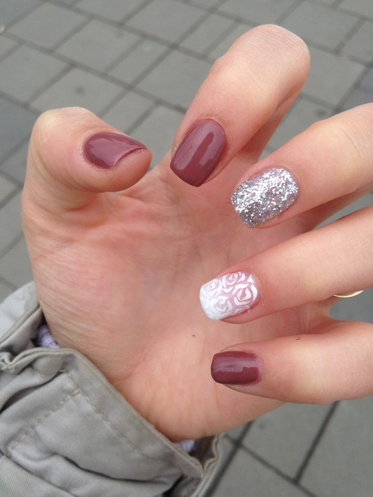 Mynails, simple, white roses