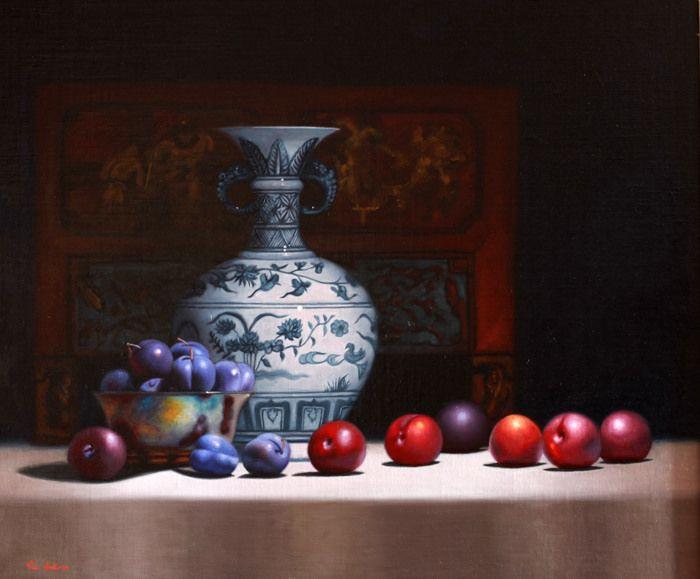 https://flic.kr/p/Nt6ySp | Blue plums and Vase | Still life by Vicki Sullivan www.vickisullivan.com#oilonlinen#Fruit#plums#Chinesevase#...