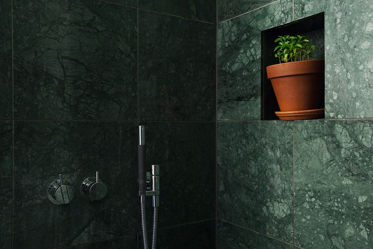 Bathroom - Green marble - Bellmansgatan 32 - Eklund Stockholm New York