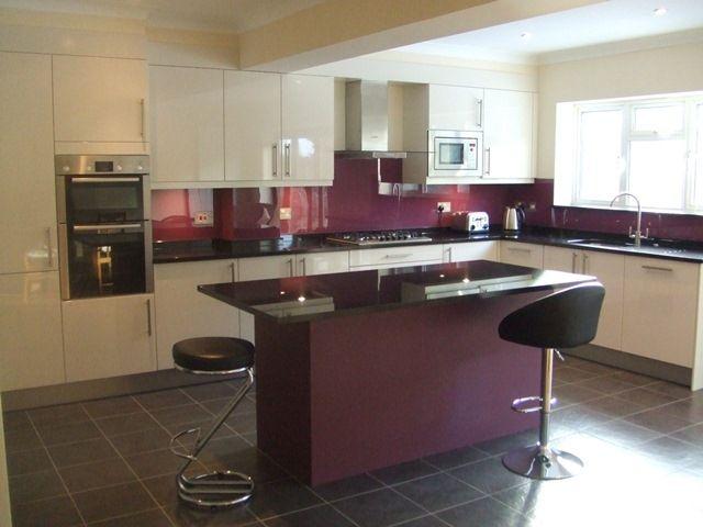 Aubergine glass splashback google search kitchen for Aubergine kitchen cabinets