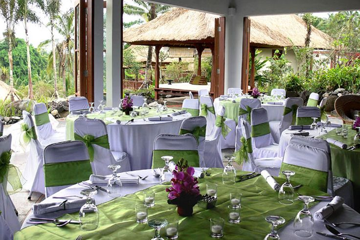 Dinner setting at Villa Bayad Ubud Bali - Villa Bayad Ubud Bali are ideal for wedding parties and ceremonies be it a small gathering or a full blown function.
