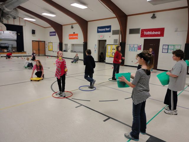 Carly's PE Games: P.E. Christmas Games.  This would be fun for any youth activity, not just for a holiday!