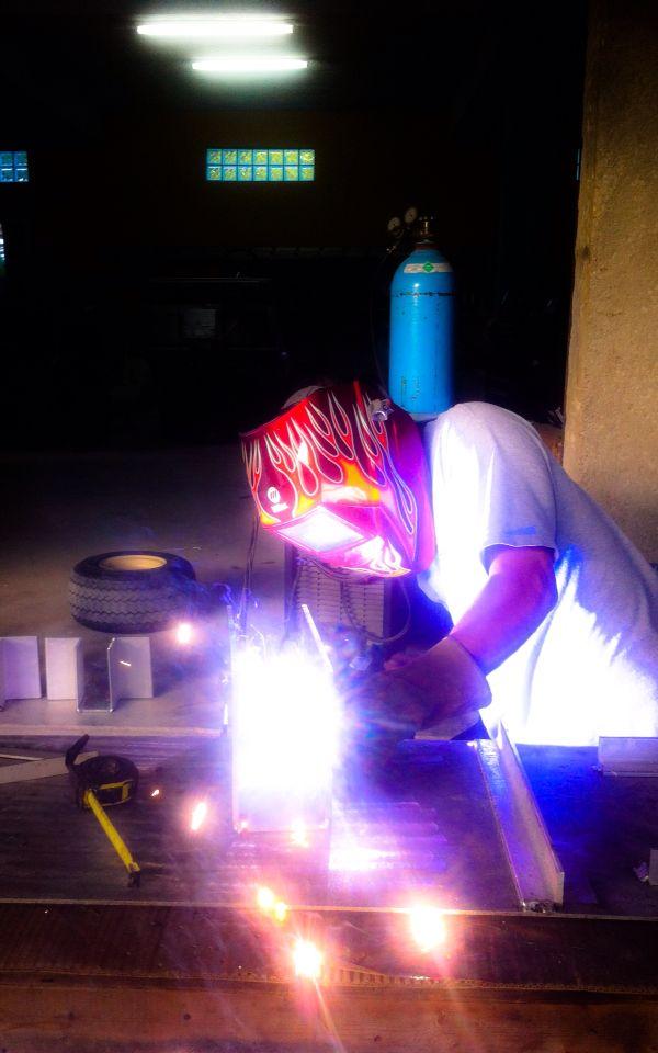 Aluminum welder using a spool gun miller welding machine