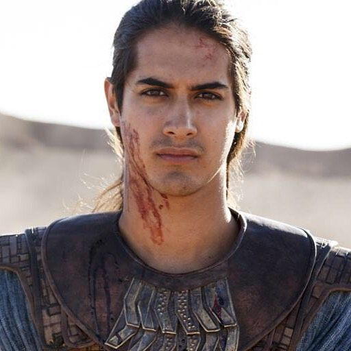 Tonight #TUT sheds blood. 9est/8c on @spiketv. Leave a comment, let me know how you liked the first night.