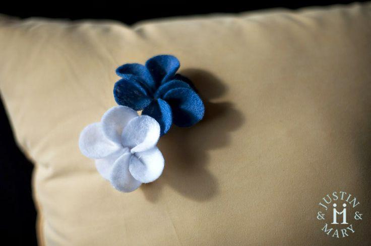 DIY felt flowers.Crafty Moments, Felt Plumeria, Fabrics Flower, Felt Crafts, Diy Felt, Crafts Inspiration, Diy Crafty, Felt Flowers