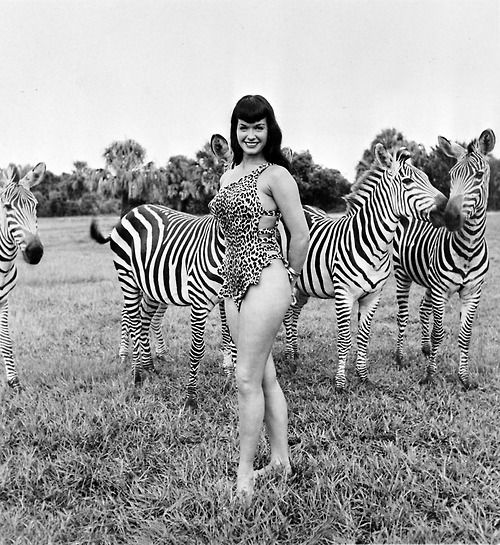 Bettie Page @Holly Rone Johnson: Look at her arms, legs, back fat!!  Let this be a reminder for us (me) to not have unrealistic expectations!  She's legit!