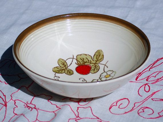 Metlox Poppy Trail - California Strawberry Pattern - Vegetable Serving Bowl & 47 best Strawberry Zinnia and Grape Dishes images on Pinterest ...