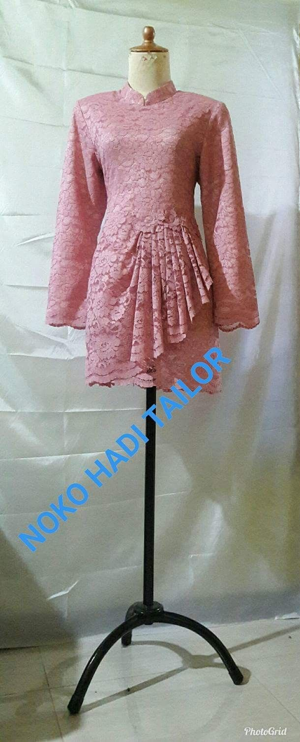 Pink baju kurung