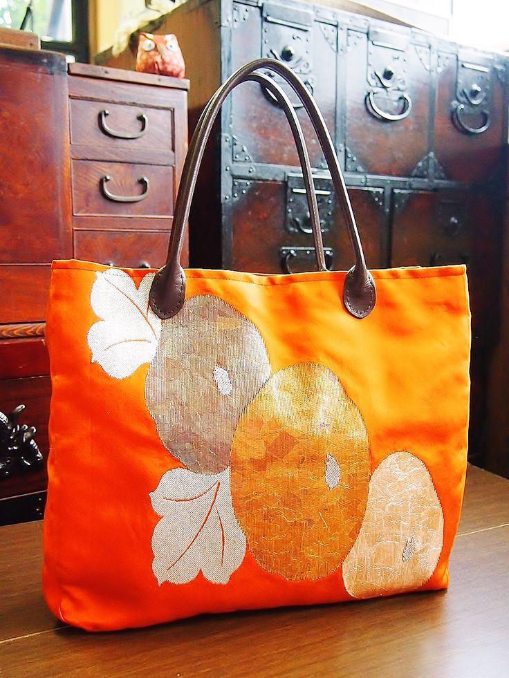 100% handmade silk bag                                                                                                                                                                                 もっと見る