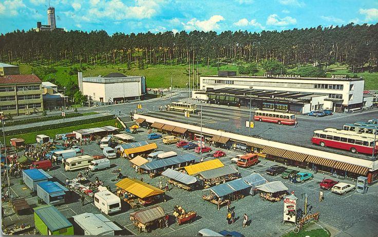Jyväskylän tori ja linja-autoasema 1980