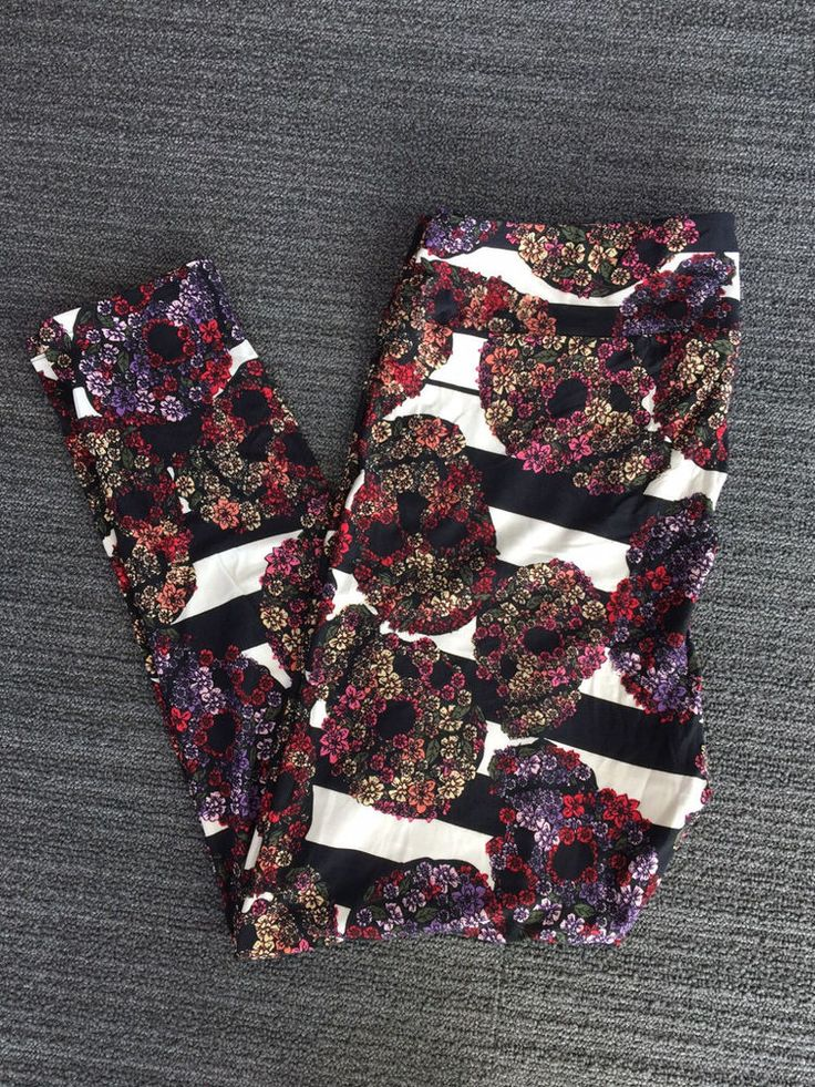 HTF NWT LULAROE TC2 (Tall & Curvy 2) LEGGINGS - BLACK & WHITE FLOWER SKULLS  #LuLaRoe #Leggings