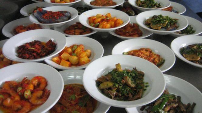 Gemarineerde en gebakken tempé (keripik tempé)