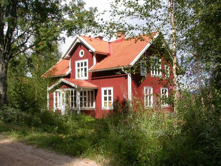 traditional red swedish house