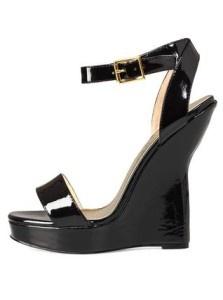 Elegantní boty na klínu!