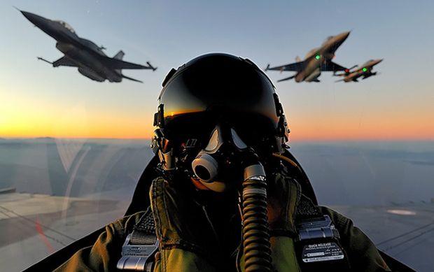 ΘΕΤΙΚΗ ΕΝΕΡΓΕΙΑ: Σύντομα θα κτυπήσουμε Τούρκικο Μαχητικό Αεροσκάφος...