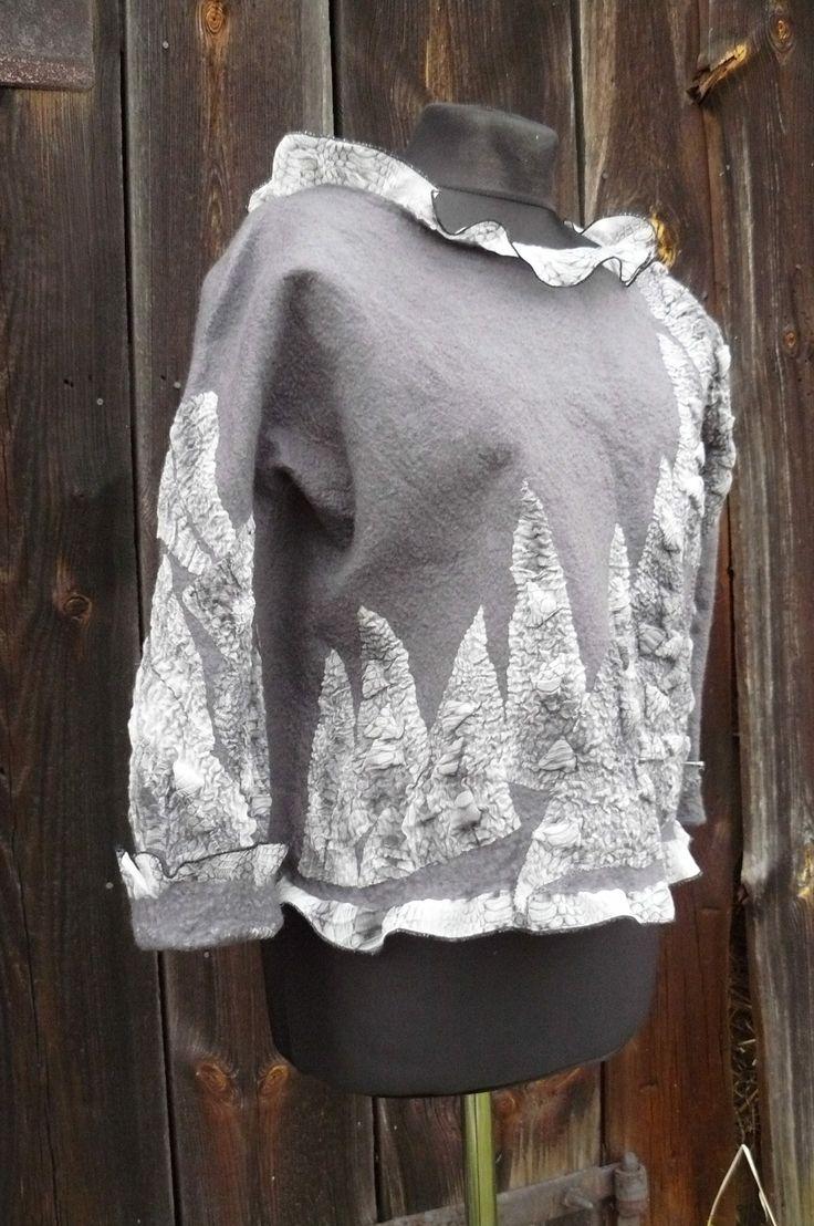 handfelted blouse by Przystanek Rekodzieło Diana Sencerek