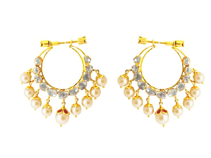 Don't we just love going the traditional way? Lovely #chandbalis with a tinge of #Victorian feel! #jpearls
