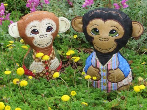 2 little monkeys