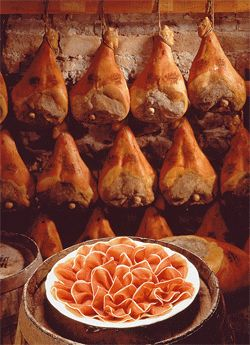 Prosciutto di Parma PDO Half , boneless, seasoned 20 months, vacuum packed, weighting about 3,5 Kg.