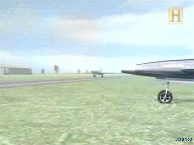 El Lockheed L-133:  El Lockheed L-133 fue diseñado para ser el primer avión de combate de las Fuerzas de los Estados Unidos durante la primera mitad de la Segunda Guerra Mundial.