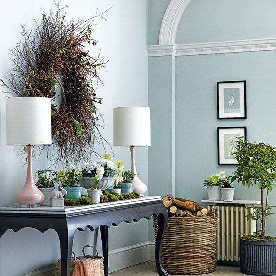 Pastel pretty. Homes-&-Gardens-Easter-flower-arrangements