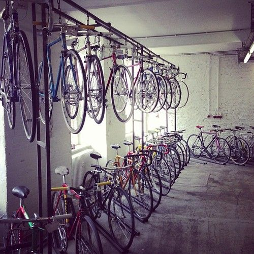 40 best vintage velo images on pinterest bicycles bicycling and biking. Black Bedroom Furniture Sets. Home Design Ideas