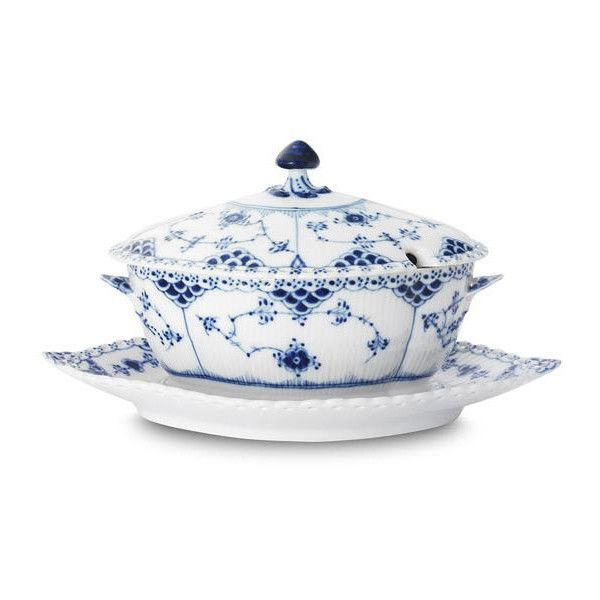 Royal Copenhagen Blue Fluted Full Lace Sauce Boat With Cover ($1,175) ❤ liked on Polyvore featuring home, kitchen & dining, serveware, royal copenhagen, blue gravy boat and porcelain serveware