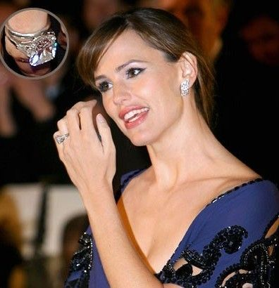 Top 10 Most Expensive Celebrity Wedding Rings As 396x410