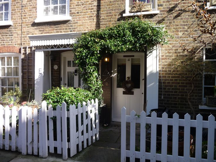 Lovely London House in #Richmond #London www.thelondonsalad.com